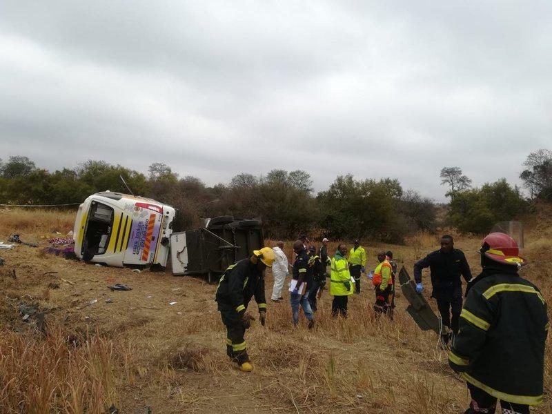 zimbabwe bus accident in polokwane